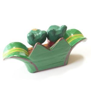 プルメリアを持っている♪ ペアー アニマル バナナリーフ ベンチ カエル〈グリーン〉バリ木彫り アジアン雑貨 バリ雑貨 アニマル木彫り 置物|atelier-ayumi|02