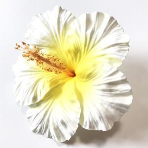 ハイビスカス へアークリップ(L)〈ホワイト & イエロー〉ヘアーピン ハワイアン フラダンス アクセ コサージュ 髪飾り ヘアクリップ|atelier-ayumi