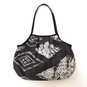 ハワイアン グラニーバッグ Lサイズ タパ柄〈ブラック〉クリックポスト 送料無料 オリジナル ハンドメイド 手作り|atelier-ayumi