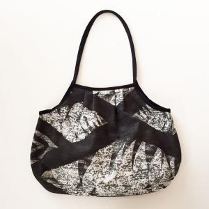 ハワイアン グラニーバッグ Lサイズ タパ柄〈ブラック〉クリックポスト 送料無料 オリジナル ハンドメイド 手作り|atelier-ayumi|02