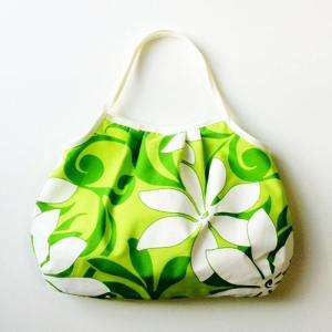 2wayハワイアングラニーバッグ Sサイズ ホワイトティアレ〈ライトグリーン〉【クリックポスト送料無料】オリジナルハンドメイド|atelier-ayumi