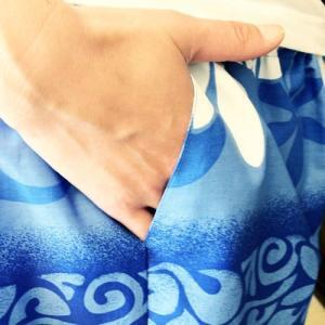 ハワイアンハーフパンツLサイズ ホワイトティアレボーダー〈ブルー〉 【クリックポスト送料無料】ヨガ・フラダンスに 【男女兼用】リラックスパンツ atelier-ayumi 04