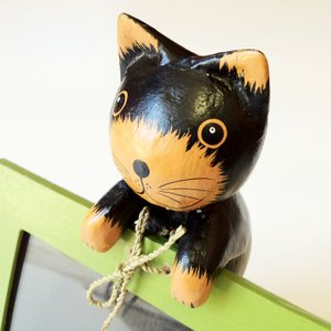 アニマル フォト フレーム クロネコ 木彫り 写真立て インドネシア アジアン 雑貨 オブジェ 置物 黒猫 黒ねこ バリねこ atelier-ayumi