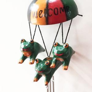 トリプルアニマルチャイムウエルカムパラソル〈カエル〉風鈴ベル 木彫りオブジェ【アジアン雑貨】インドネシアバリ 蛙カエル カーアクセに|atelier-ayumi|02