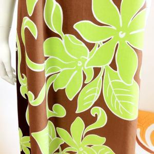 フラダンスドレス ライムグリーンティアレ ブラウン マキシワンピース ロングドレス ハワイアンファブリック ウエディング 結婚式ムームー|atelier-ayumi|03