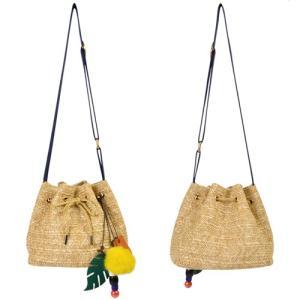 モンステラ チャーム付き 巾着型 ストロー 素材 ショルダー バッグ 〈ナチュラル〉送料無料  カゴバッグ かご エスニック ハワイアン雑貨 ストラップ付き|atelier-ayumi
