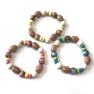 カラフル な ココナッツ ウッド ブレスレット ハイビスカス 〈イエロー ブルー ピンク〉 メール便対応可能  ハワイアン雑貨 ハワイアン アクセサリー|atelier-ayumi
