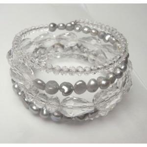形状記憶ワイヤー5連ブレスレット 淡水パール(グレー)グラスビーズ(透明)|atelier-ti