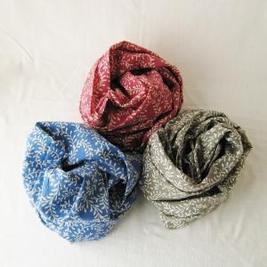 スカーフ ブローテ フラワー ease 綿100% 風呂敷 エコバッグの代わりにも 夏の暑さ対策に保冷剤も包める|atelierf