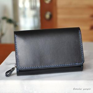 収納性抜群の三つ折り財布 No.4 ブッテーロ|ateliergungnir
