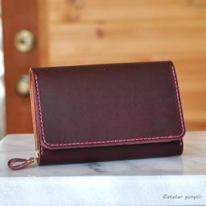 収納性抜群の三つ折り財布 No.5 ブッテーロ|ateliergungnir