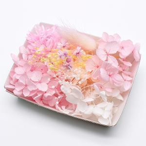 スプリングピンク花材セットです♪  ■ 内容量:1ケース ■ カラー:ピンク系 ■ 材質:自然草花(...