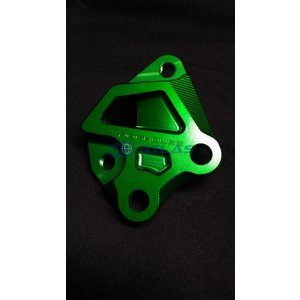 DOG HOUSE 4TH CYGNUS X(シグナスX)BREMBO 40mmピッチ 245mmフロントディスク用キャリパーサポート グリーン|atlas-parts