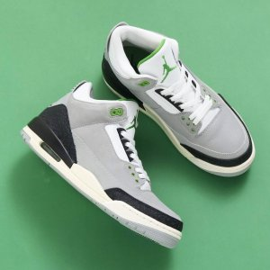 お取り寄せ商品 NIKE 2018HOLIDAY NIKE AIR JORDAN 3 RETRO 1...