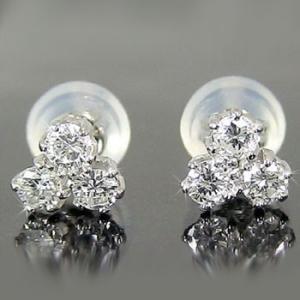 ピアス プラチナ ダイヤモンド 0.30ct レディース pt900 トリロジー ダイヤ シンプル スタッド 女性 天然石 宝石 プレゼント 人気 送料無料|atrusyume