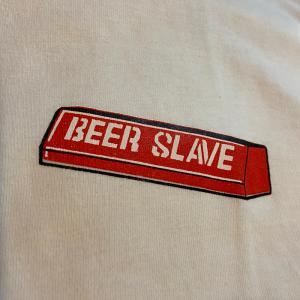 ビアスレイブ レッドカーブ 半袖Tシャツ |attacks