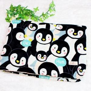 ガーゼブランケット 8重ガーゼ 大きい ペンギン ブラック ぺんぎん ハンドメイド 動物 出産祝 おくるみ ひざかけ タオル M|atticotti