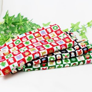 期間限定  ガーゼハンカチ 8重ガーゼ クリスマス サンタ 雪だるま タオル 20×20cm プレゼント 入学祝 出産 母の日 お礼 餞別 M|atticotti