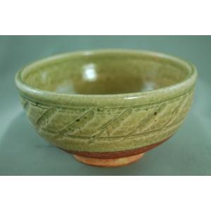 荒川明の陶房は浜松の山奥の引佐町奥山にあり、その名 前の通り山奥となります。そこには古い時代に使われ...