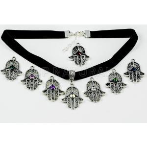 チョーカー スワロフスキー クリスタル Adjustable Black Velvet Hamsa Hand Choker Necklace Crystals from Swarovski Multicolour|aurora-and-oasis