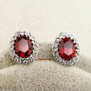 ピアス スワロフスキー オーバルルビーレッド Red White Gold Filled Ruby Red Oval Stud Earring Made With Swarovski Crystal IE125|aurora-and-oasis