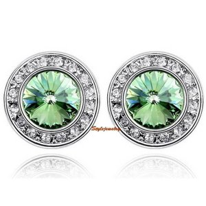 ピアス スワロフスキー ラウンドペリドットグリーン Green 18k White Gold Filled Green Round Stud Earring Made With Swarovski Crystal XE59|aurora-and-oasis