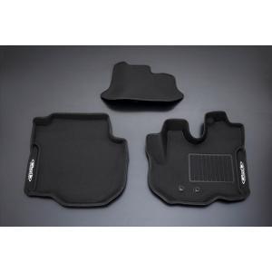 [Genb] 玄武 コンフォートマット [フロントセット] キャラバンNV350 E26 標準ボディ ブラックステッチ 【OMF01KC】|auto-craft