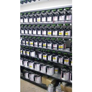 ・メルセデスベンツ 3574 補修塗料 スピニーレッド 板金塗装用|autogaragejustice