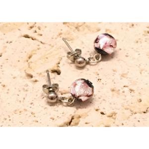 光るピンクのほたる10mmプチピアス  アクセサリー ピアス ファッション ジュエリー  知的 上品 プレゼント ハンドメイド 手作り とんぼ玉 ほたるガラス ほたる|awamori-zizake