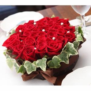 赤バラのフラワーケーキ ayahadio