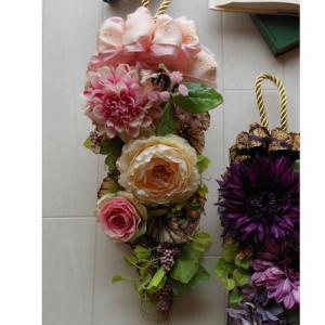 アートフラワードアノブ飾り。「Amulette Pink」|ayanasu-hanakobo