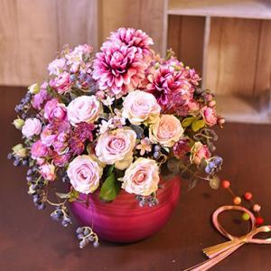 豪華で華やかピンクのアーティフィシャルアレンジメント「Merveilleux」|ayanasu-hanakobo