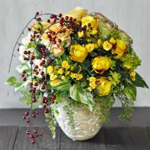 黄色いバラのアーティフィシャルフラワーアレンジメント「Ville jaune」|ayanasu-hanakobo