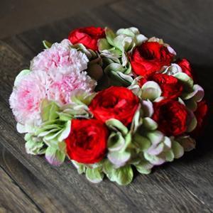 赤いバラのプリザーブドフラワーリース「Jeudi」