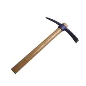 <ここに注目> ▼凍結した玄関前や駐車スペース・坂道の安全確保に。 ▼通年の土の掘り起こしにも使えま...