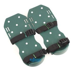 芝生の手入れ 芝生  ガーデンスパイク