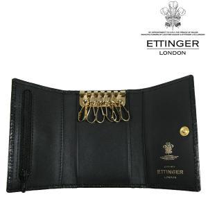 英国御三家として名高く、王室御用達のレザーブランドであるETTINGERから6連キーケースのご紹介。...