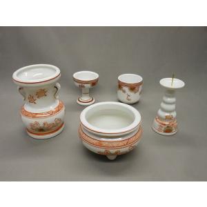 ■ミニ仏壇用や小型仏壇に最適な仏具セット香炉3寸花立3.5寸になって使いやすいサイズです。 ●5具足...