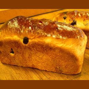 レーズン食パン|b-parfun