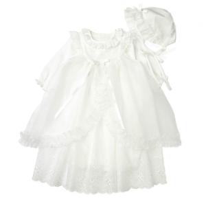 笑顔に映えるふんわりドレスで、思い出に残る最高の一日に。オーガンジーレースの花刺繍がおごそかな雰囲気...