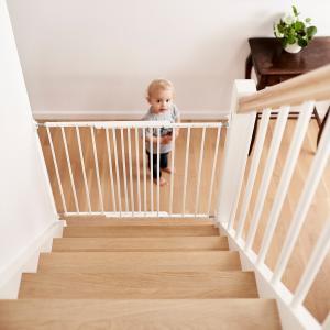 ベビーダン ベビーゲート マルチダン(Multidan) 階段上 階段用 階段 バルコニーにおすすめ。バリアフリー。デンマーク製|babydan|02