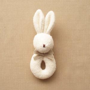 オーガニックコットン ベビーラトル ウサギ 日本製 ナチュラルスタイル リング型 赤ちゃんのおもちゃ 男の子 女の子 男女兼用 にぎにぎ ガラガラ オフホワイト|babynetshop