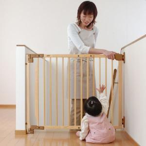 リッチェル階段上でも使える木のバリアフリーゲート74cm〜114cm間に設置可能(同梱物ある場合には...