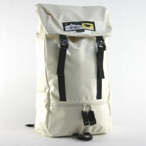 マウンテンスミス(MOUNTAINSMITH)エヴァンス ターポリン リュックサック ホワイト|bag-luggage-fujiya