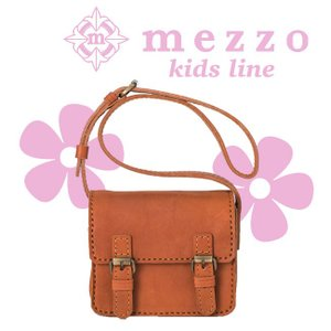 メゾ 革 バッグ お子様のための小さ目サイズ。キュートな見た目とレトロな風合いの上質なキッズショルダーバッグ bag-sonrisa
