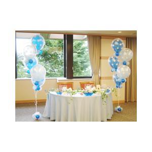 結婚式をバルーンでデコレーション。パールブルーのインサイダーブーケ。軽いので移動も楽々!!受付にも高...