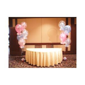 結婚式をバルーンでデコレーション。パールピンクとパールライトブルーの大人かわいいインサイダーブーケ。...