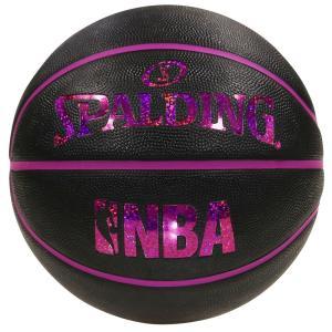 ■ボールのロゴの部分に、キラキラとしたホログラムを使用 ■屋外でのプレーに適した、耐久性に優れたラバ...