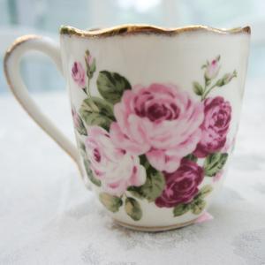 マグカップ おしゃれ プレゼント 葉型 陶器 薔薇 ローズ 花柄 アニバーサリーローズ barazakkawithheart