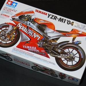 1/12 ヤマハ YZR-M1 '04 No.7/No.33【タミヤ バイク Item14100】|barchetta